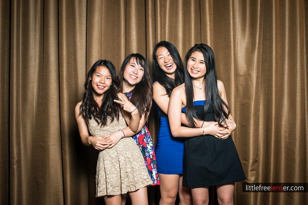 tn_Y&J_ICDC_deca_prom_photobooth_104