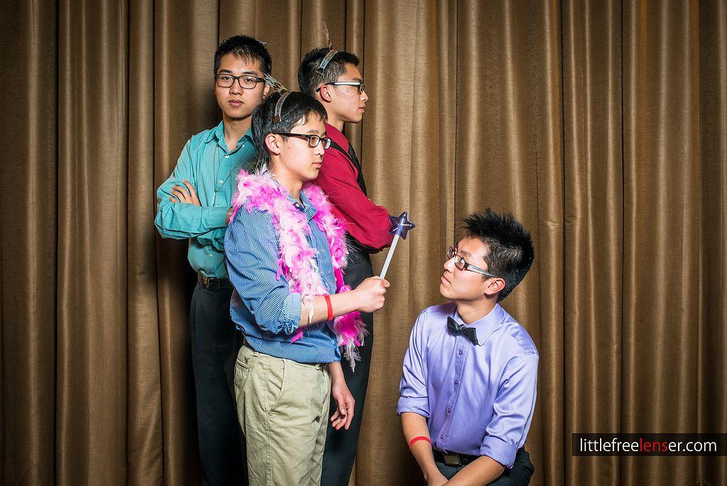 tn_Y&J_ICDC_deca_prom_photobooth_111