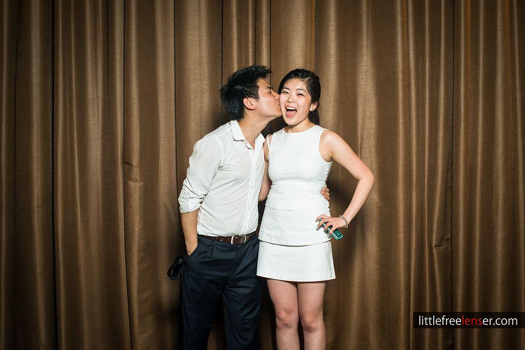 tn_Y&J_ICDC_deca_prom_photobooth_124